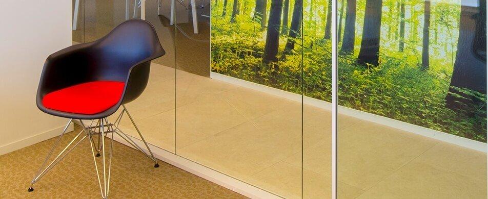 מחיצות רצפה תקרה מודולריות בזיגוג בודד
